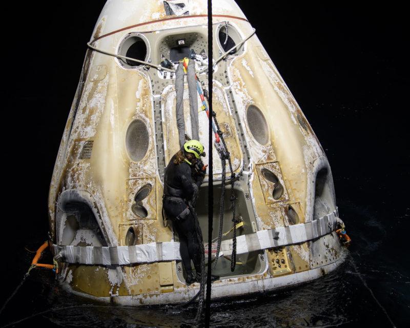 A missão pousou no Golfo do México e foi a primeira vez que ocorreu um pouso noturno na água desde a Apollo 8, em 1968 – Foto: Divulgação/NASA/Bill Ingalls/ND