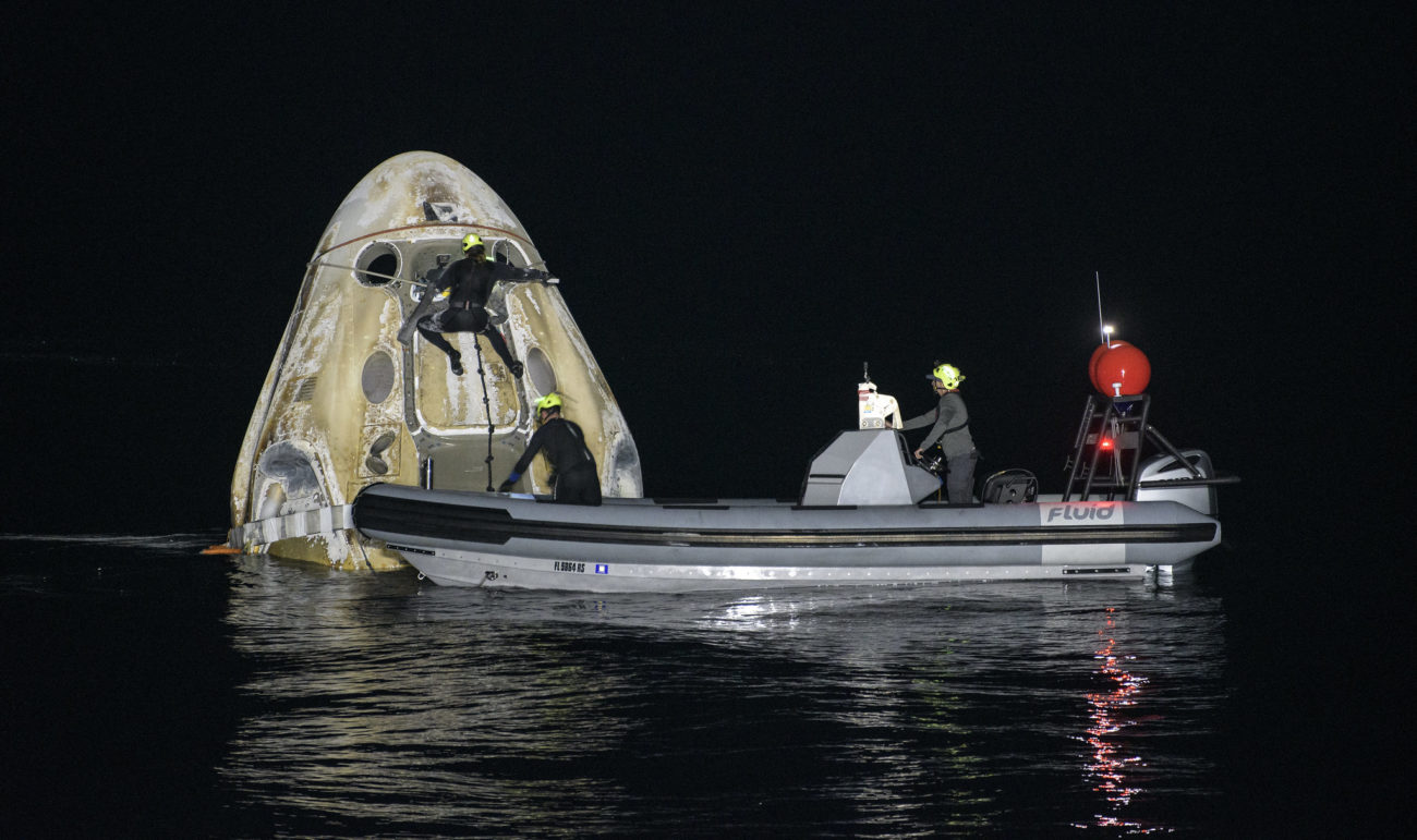 A missão pousou no Golfo do México e foi a primeira vez que ocorreu um pouso noturno na água desde a Apollo 8, em 1968 - Divulgação/NASA/Bill Ingalls/ND