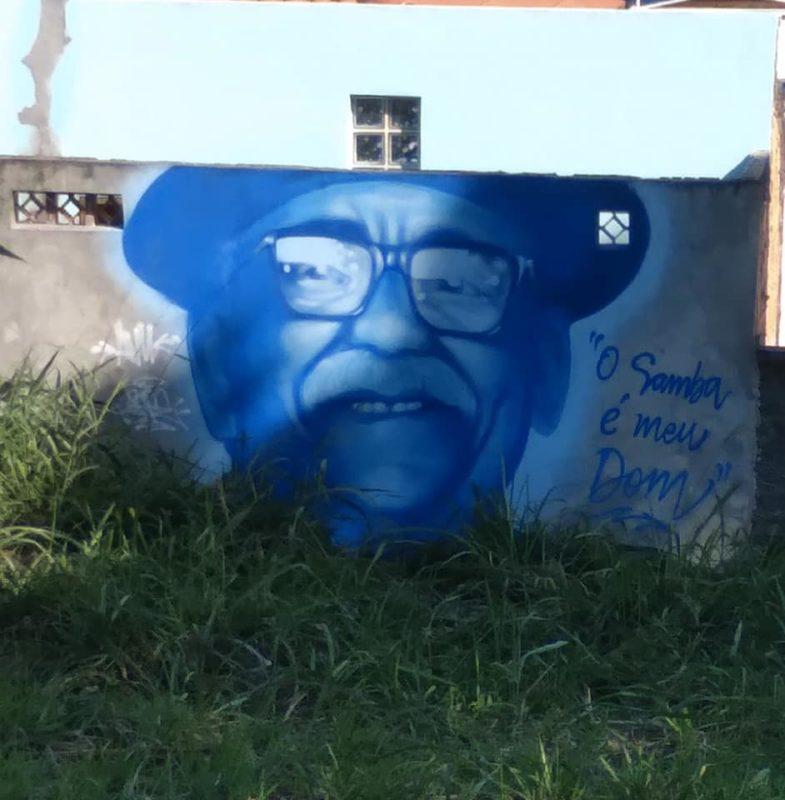 Mural localizado no Rio Vermelho, em Florianópolis, feito pelo grafiteiro Pepe Fontanari em abril
