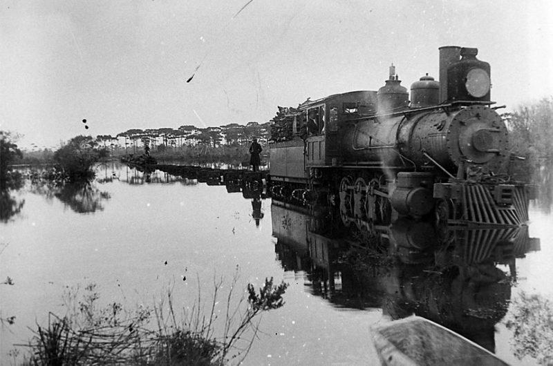 A ferrovia foi o estopim para a Guerra do Contestado – Foto: Claro Jansson/Acervo Dorothy Jansson Moretti