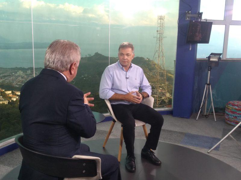 Prefeito Gean Loureiro foi entrevistado pelo colunista Paulo Alceu – Foto: Paulo Rolemberg/ND