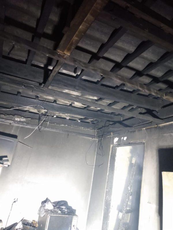 Segundo incêndio ocorreu em uma casa na rua Tramandaí, no bairro Garcia – Foto: CBMSC/Divulgação/ND