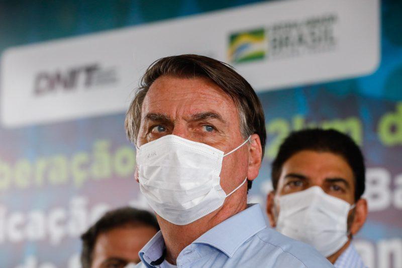 Bolsonaro diz que Saúde prepara parecer que desobriga máscara por vacinados – Foto: Alan Santos/PR/Divulgação/ND