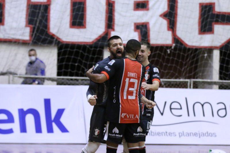 JEC/Krona atropelou o Marreco na tarde deste domingo (2) e emendou a segunda vitória na Liga Nacional – Foto: Juliano Schmidt/JEC/Krona/Divulgação/ND