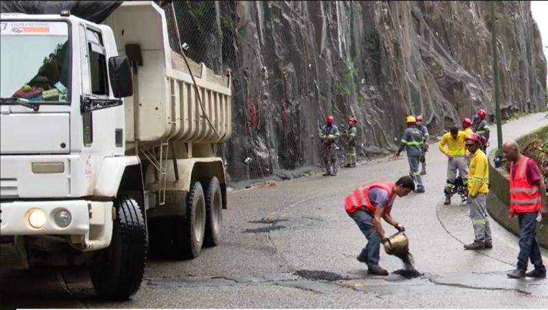 Obras de contenção na Serra do Rio do Rastro, agora tem previsão de término em outubro deste ano – Foto: Reprodução/NDTV
