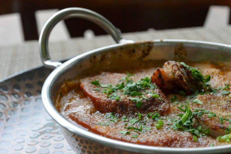 Cassoulet é uma especialidade da gastronomia francesa – Foto: Le pario/Divulgação