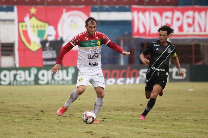 Brusque jogou na manhã de domingo (30) no Estádio Augusto Bauer – Foto: Lucas Gabriel Cardoso/Brusque FC/ND