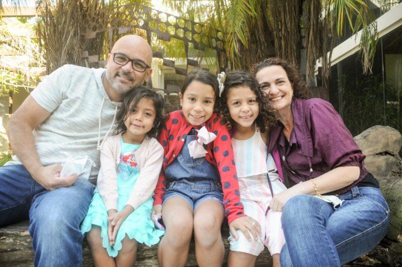 Cristiane e Luciano tiveram paciência até completar a família – Foto: Leo Munhoz/ND