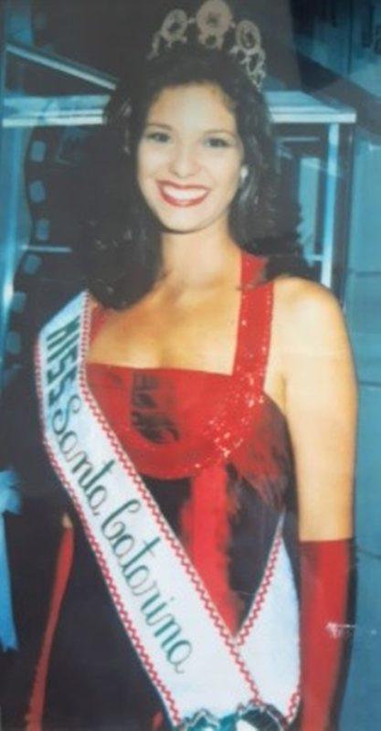 Michelle foi miss Florianópolis e miss Santa Catarina em 1999 – Foto: Divulgação/ND