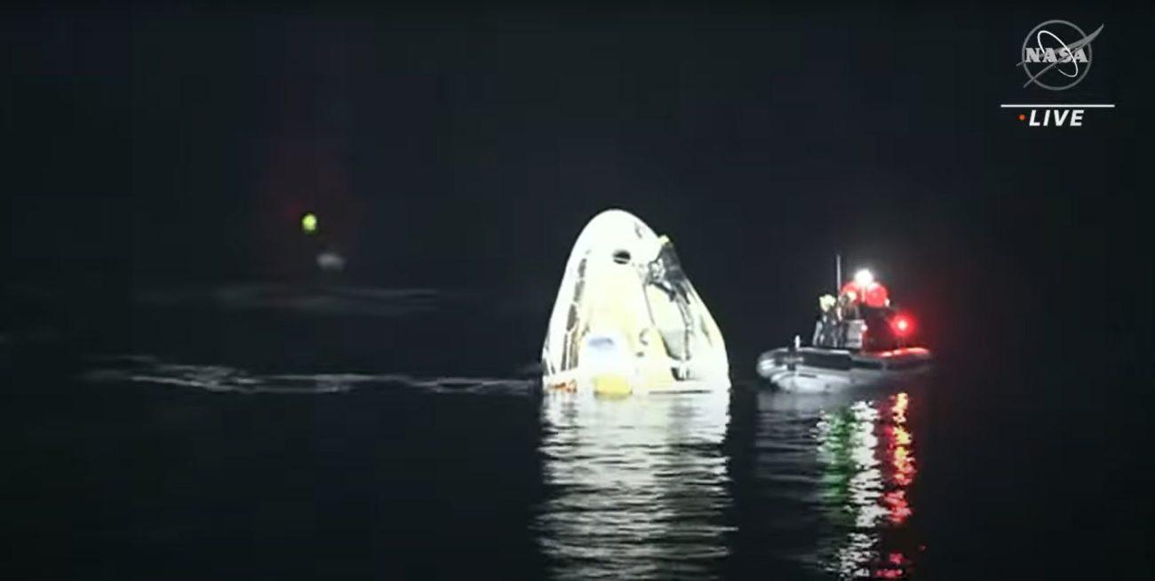 A missão pousou no Golfo do México e foi a primeira vez que ocorreu um pouso noturno na água desde a Apollo 8, em 1968 - Reprodução/NASA