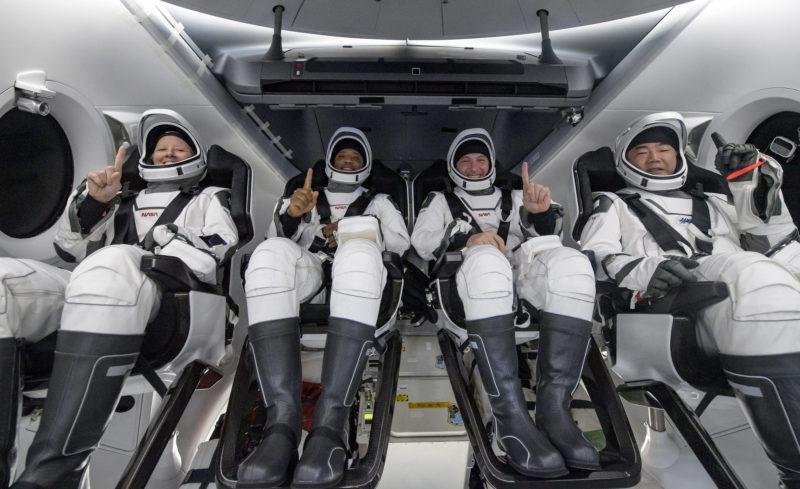 Quatro astronautas retornam à Terra após missão espacial de 160 dias – Foto: Divulgação/NASA/Bill Ingalls/ND