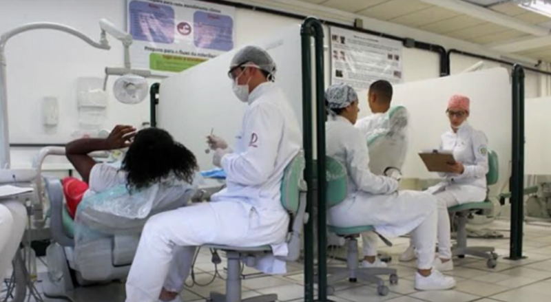 Alunos de Odontologia da UFSC temem não conseguir se formar por falta de aplicação dos conteúdos – Foto: Reprodução/NDTV RecordTV
