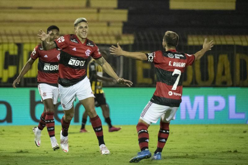 Pedro foi o grande nome da noite marcando os três gols do Flamengo – Foto: Alexandre Vidal/Flamengo