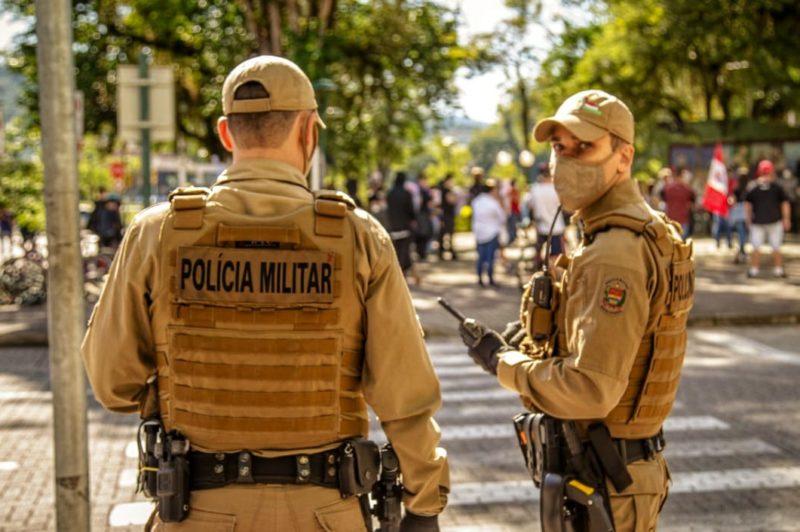Homem que fingia ser policial para cometer roubos é preso em Blumenau – Foto: Giovani Silva/Arquivo/ND