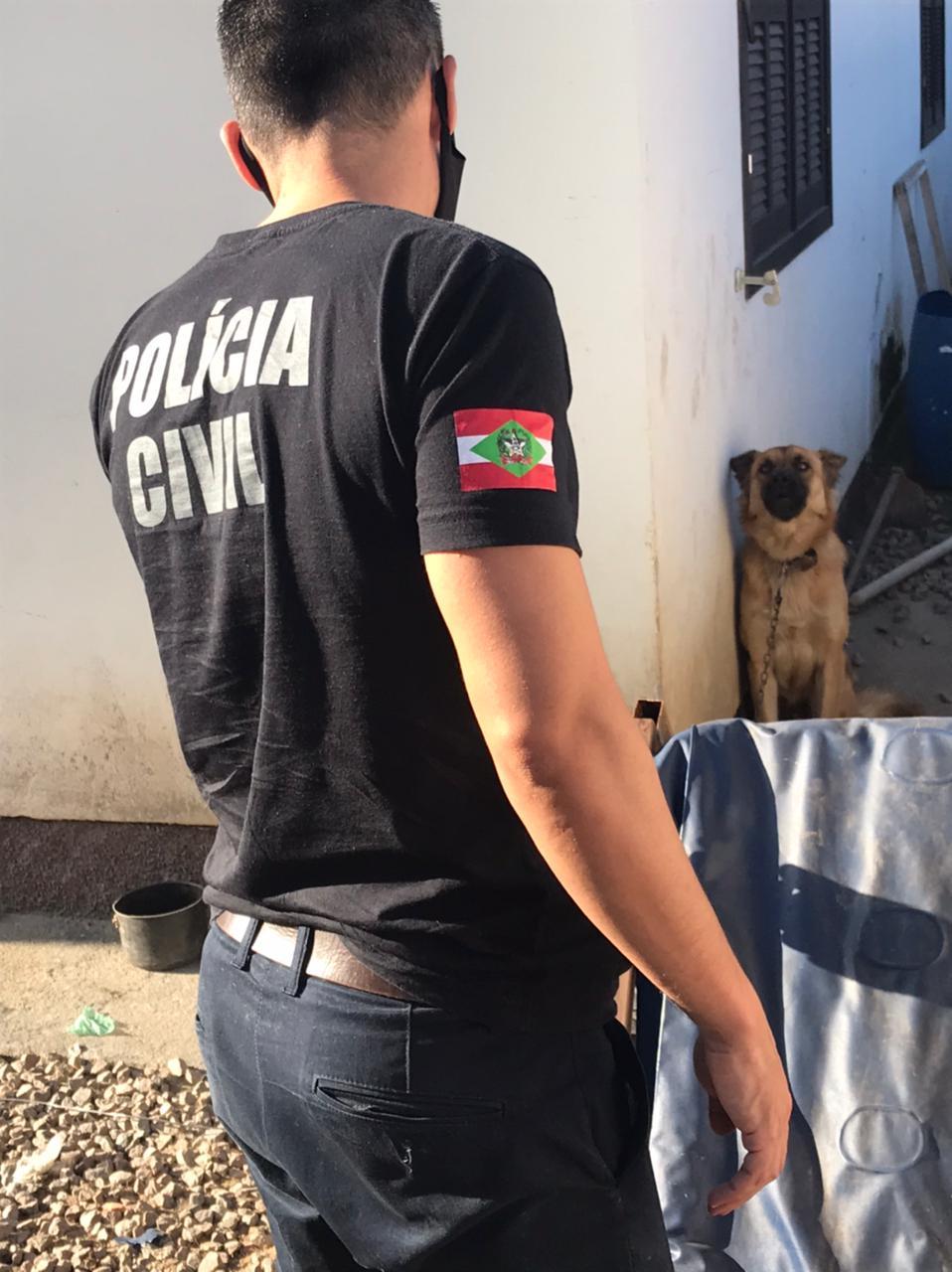 Cães com sinais de maus-tratos são resgatados em Brusque - Divulgação/Polícia Civil