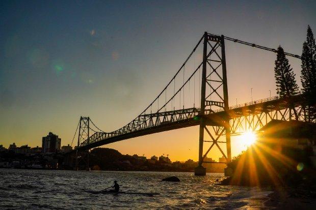Ponte Hercílio Luz, em Florianópolis – Foto: Ricardo Wolffenbuttel/Secom/Divulgação/ND