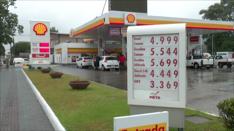 Gasolina vendida em Blumenau segue com o preço médio mais alto de SC – Foto: Adriano Raulino/NDTV