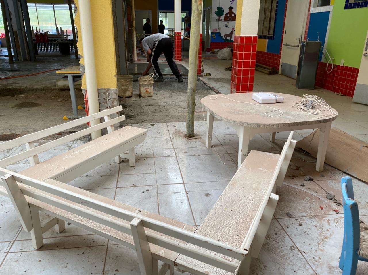 Além da reforma estrutural, a creche também receberá nova pintura - Willian Ricardo/ND