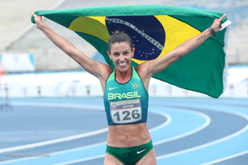 Simone Ponte Ferraz conquistou a prata nos 3.000 metros com obstáculos – Foto: Wagner Carmo/CBAt
