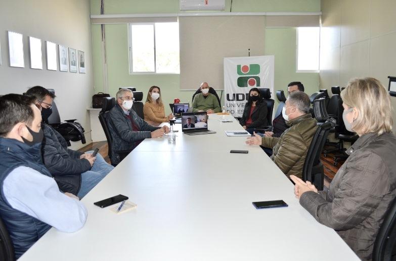 Nesta segunda (17), representantes do CAV e instituições estaduais se reuniram em Lages – Foto: Tatiane Rosa Machado da Silva/Assessoria de Comunicação Udesc Lages