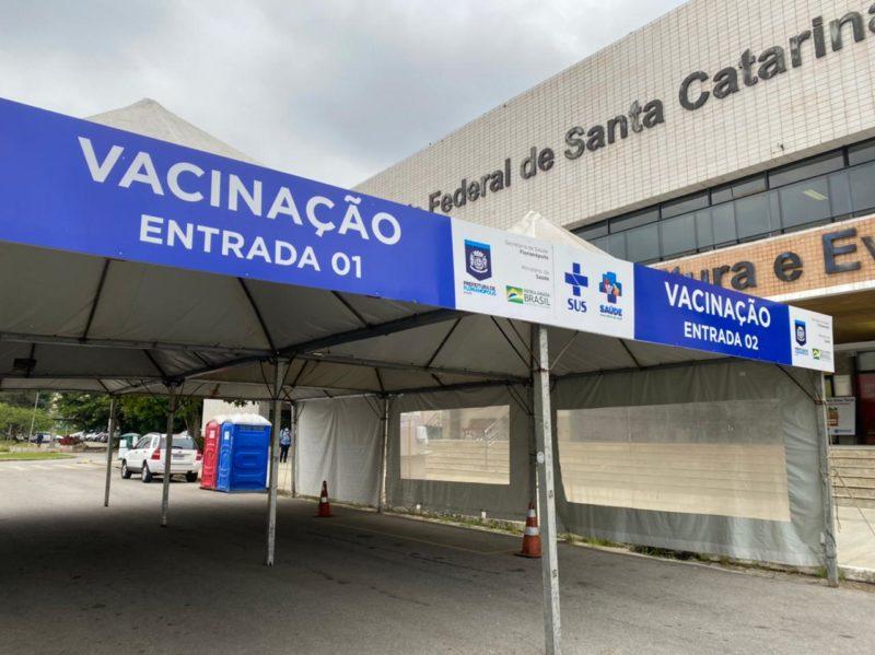 ponto de vacinação Covid-19 em florianópolis