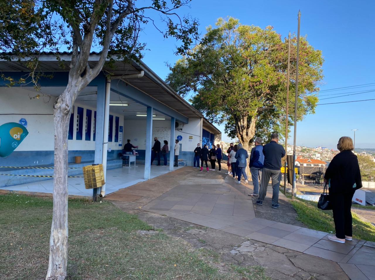 Gerente de Vigilância em Saúde, Rodrigo Momoli, ressaltou que Chapecó foi uma das primeiras, das grandes cidades catarinenses, a atingir o público de 60 anos com a imunização - Prefeitura de Chapecó/Divulgação ND