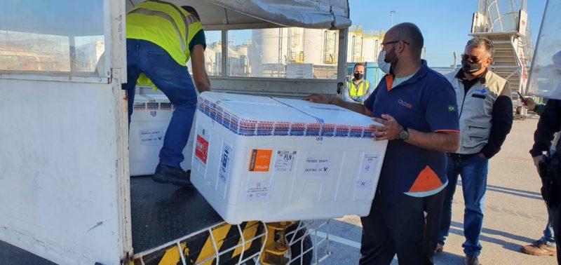 SC também recebeu um lote de vacinas contra a Covid-19 nesta quinta-feira (13) – Foto: Dive/Divulgação