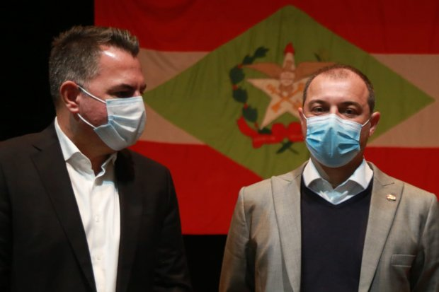 Secretário Luiz Fernando Cardoso teve encontro com o governador nesta quarta-feira (12). – Foto: Júlio Cavalheiro/Secom