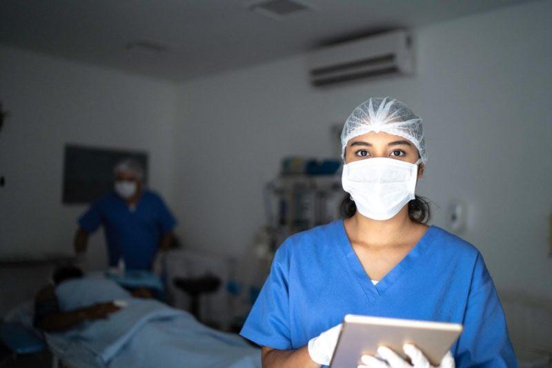 """Pandemia aumenta demanda por enfermeiros especialistas e capacitados &#8211; <span style=""""font-weight: 400;"""">Foto: iStock/ND</span>"""