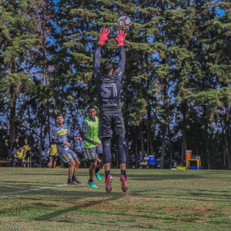 Cascavel vem embalado pela boa campanha no Paranaense e é o primeiro adversário do JEC na competição – Foto: FC Cascavel/Divulgação/ND