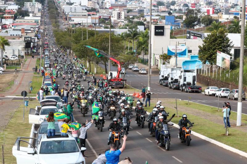 (Chapecó – SC, 26/06/2021) Motociata em Chapecó. – Foto: Isac Nóbrega/Governo Federal/ND