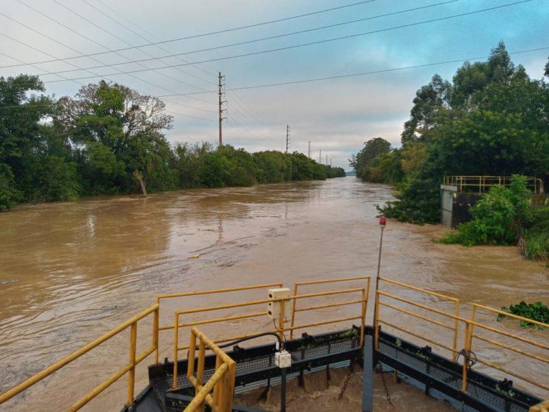 A área mais afetada foi o Limoeiro, onde a ETA precisou ser paralisada – Foto: Semasa/Divulgação