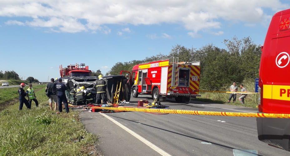 Grave acidente na BR-470 mobiliza bombeiros de três cidades no Vale do Itajaí - Divulgação/Corpo de Bombeiros