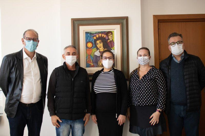 Representantes da Univali e da Prefeitura assinaram termo de cooperação – Foto: Univali/Divulgação/ND