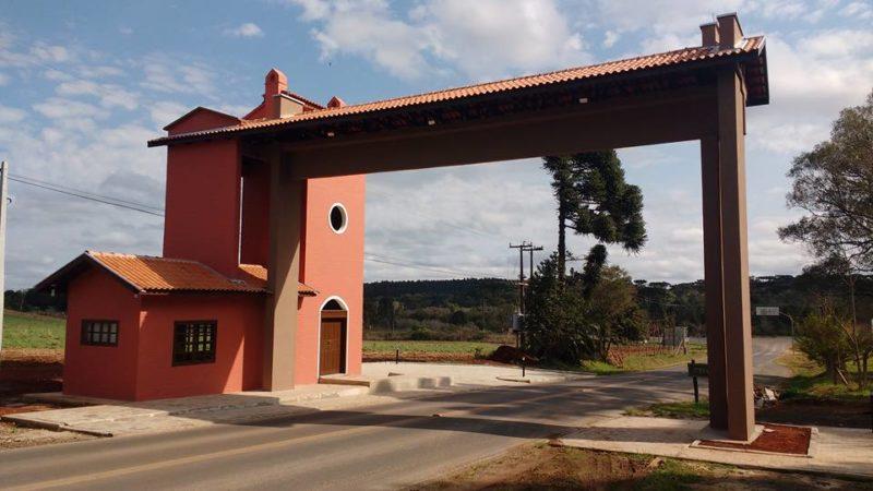 Portal na cidade de Bela Vista do Toldo, no Norte de SC