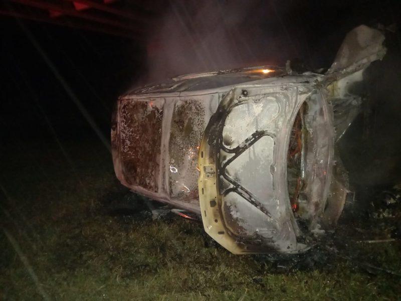 Motorista sofreu fratura no pé – Foto: CBMSC/Divulgação/ND