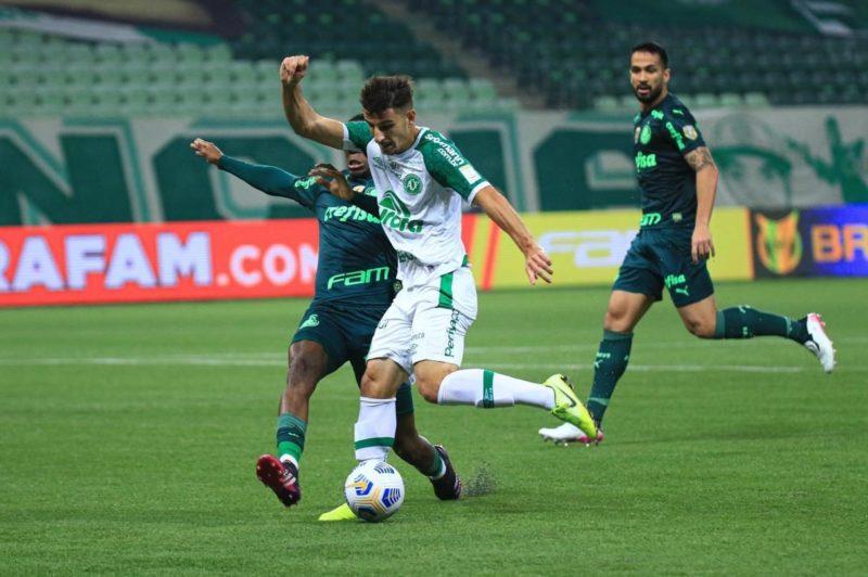 Equipe catarinense sofreu três gols ainda no primeiro tempo – Foto: Márcio Cunha/ACF