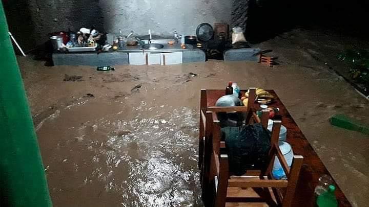Chuva deixou casas alagadas em Canelinha - Divulgação/ND