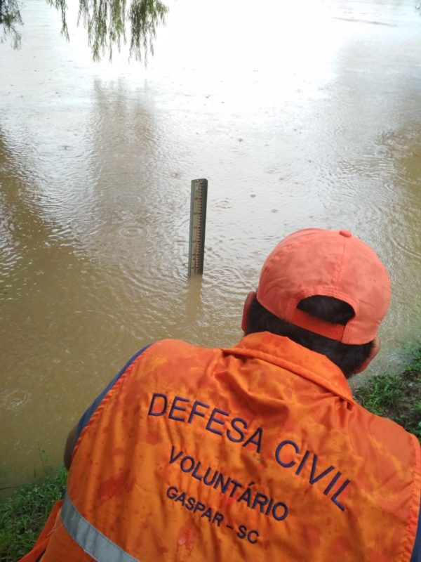 Equipes fazem o monitoramento das chuvas no município – Foto: PMG/Divulgação/ND