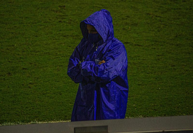 Claudinei Oliveira durante a partida contra o Vila Nova – Foto: Cael Sobral/Avaí F.C