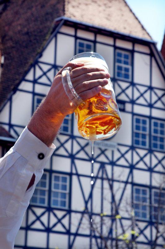 Oktoberfest 2021, caso ocorra, será somente com cervejarias artesanais