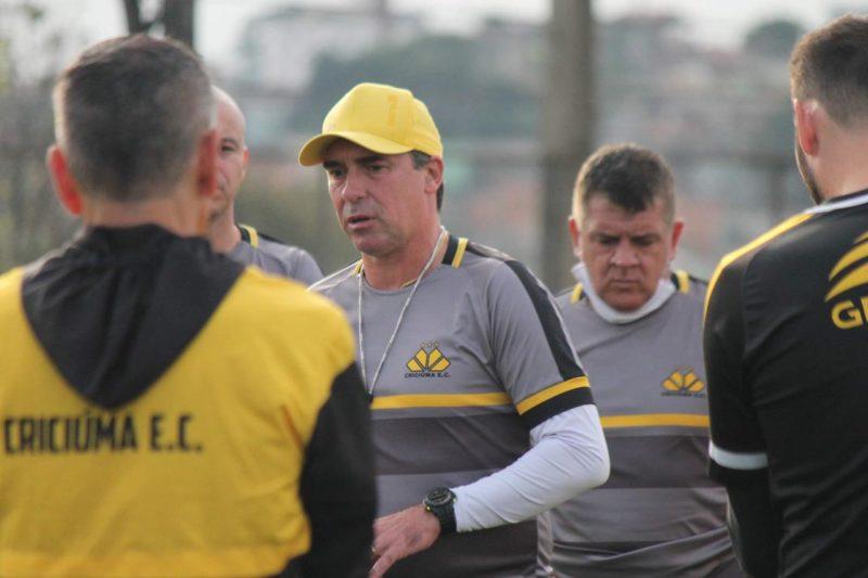 Técnico Paulo Baier destaca que o Tigre não jogará retrancado contra o América-MG – Foto: Celso da Luz/CriciúmaEC