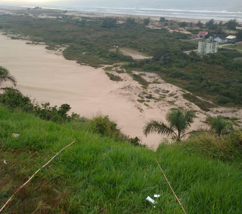 Rampa de voo livre fica localizada na praia de Morro dos Conventos em Araranguá – Foto: Divulgação/Corpo de Bombeiros/ND