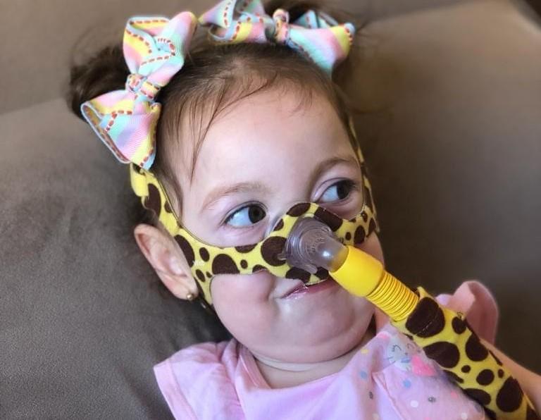 Eloah está internada no Hospital Nossa Senhora da Conceição com diagnóstico de Covid-19 e influenza H1N1 – Foto: Arquivo Pessoal/ND