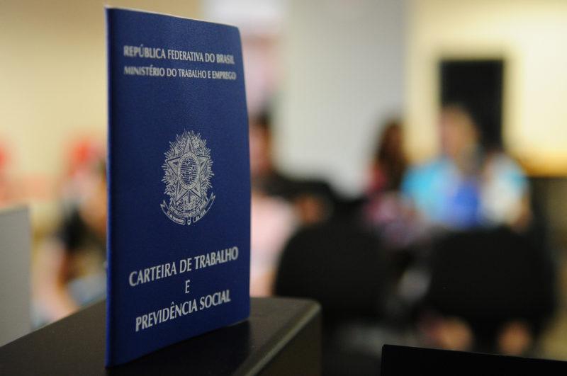 São mais de 300 vagas de emprego em Joinville – Foto: Pedro Ventura/Agência Brasília.
