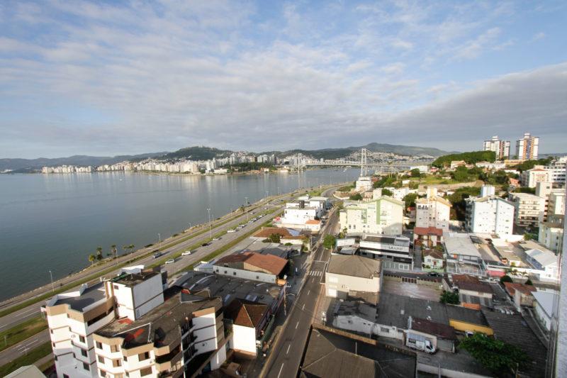 Beira-mar Continental no bairro Estreito faz parte do projeto de transformação do local – Foto: Leo Munhoz/ND