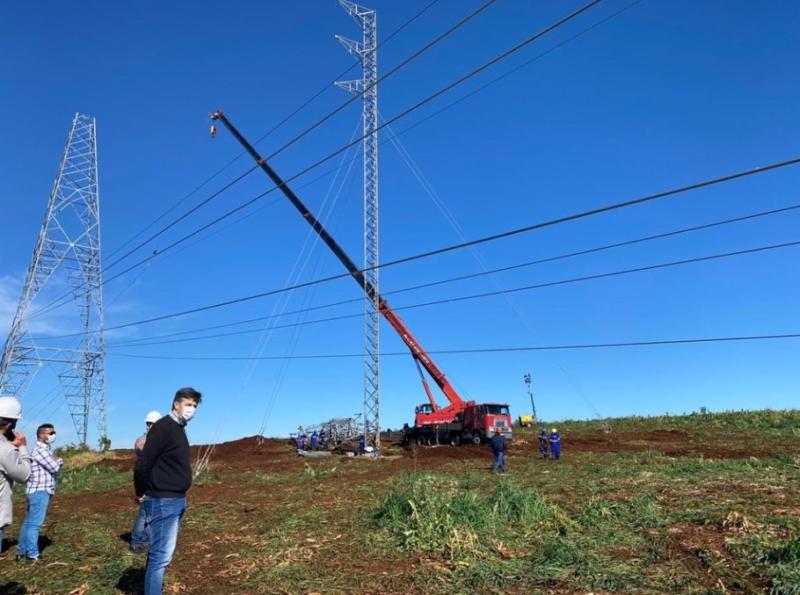 Torres foram reparadas para retomada da energia elétrica na região do Meio-Oeste – Foto: PMC/Divulgação/ND