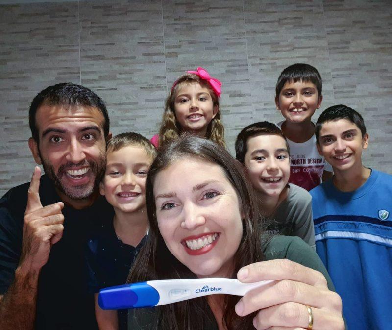 Família Pedal 7, de Itajaí, anuncia a vinda do 6º bebê – Foto: Reprodução Facebook