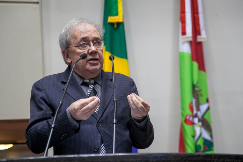 Fernando Coruja oficializou pré-candidatura ao governo do Estado em 2022 – Foto: Luis Debiasi/Agência AL