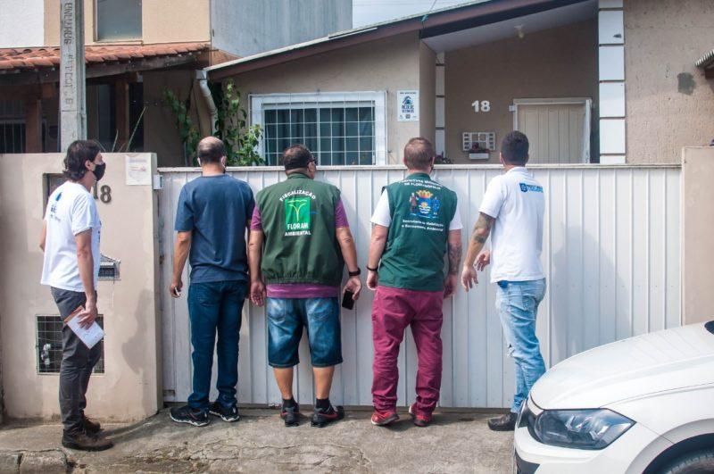 Na Blitz Sanear, força-tarefa visita residências e constata irregularidades no sistema de esgoto de Florianópolis apresentadas em denúncias – Foto: Tito Pereira/Floripa Se Liga Na Rede/ND